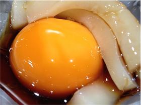 冷凍卵+イカ刺し.jpg